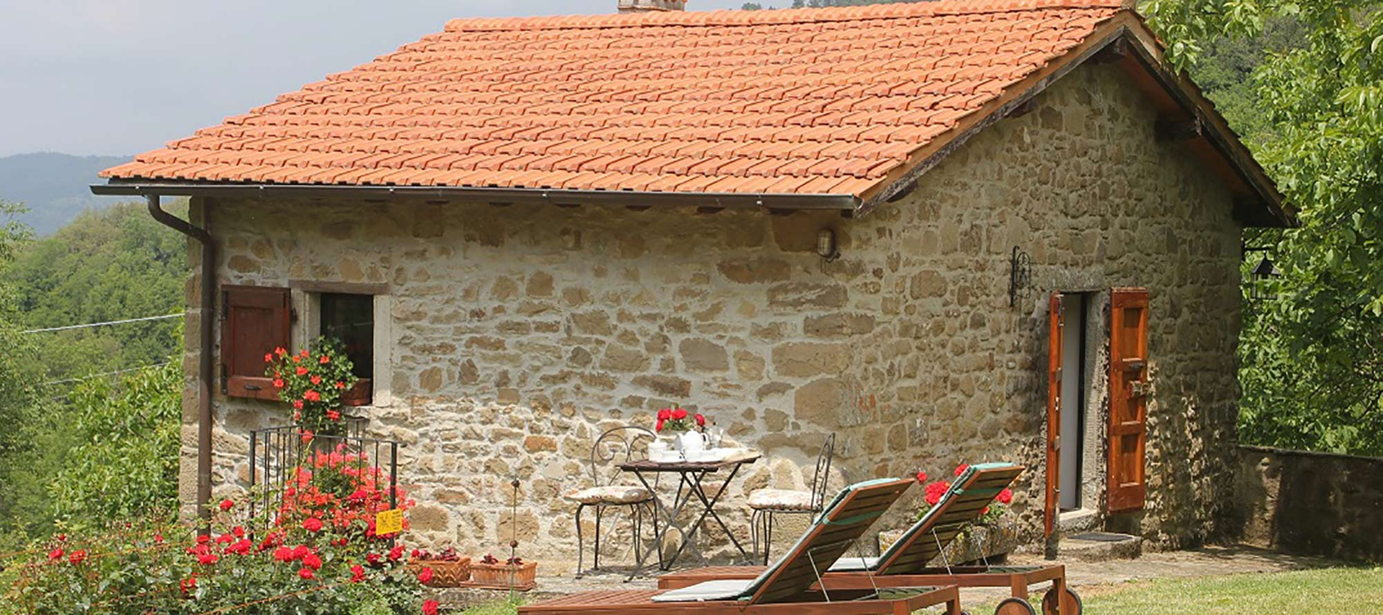 Details Casuccia - All Properties in Tuscany - Florence