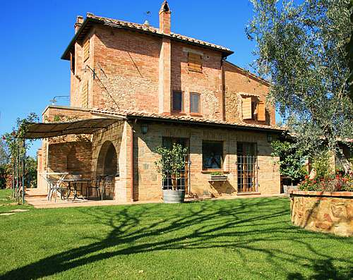 Details Nibbiano - All Properties in Tuscany - Montepulciano